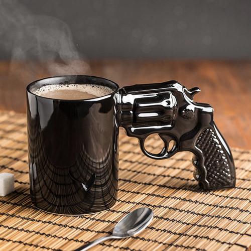 hrncek-revolver-cierny-3820
