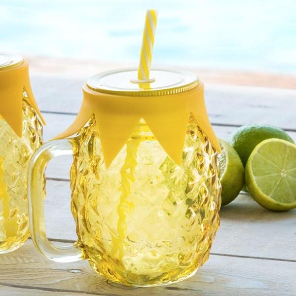 pohar-s-vieckom-a-slamkou-ananas-4442